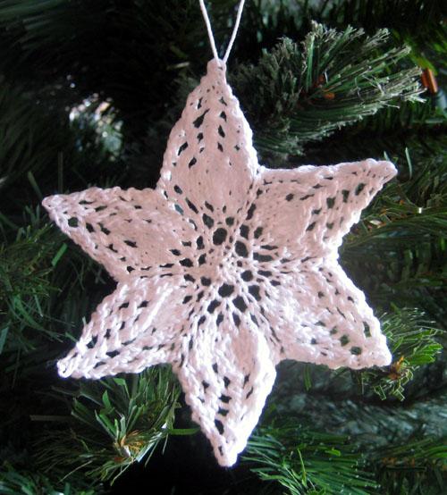 Knit Snowflake Ornament Pattern : Emma Snowflake   kris knits